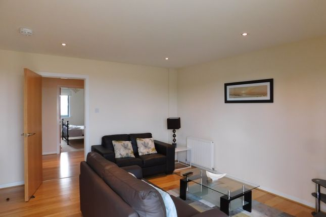 2 bed flat to rent in Merkland Lane, City Centre, Aberdeen AB24