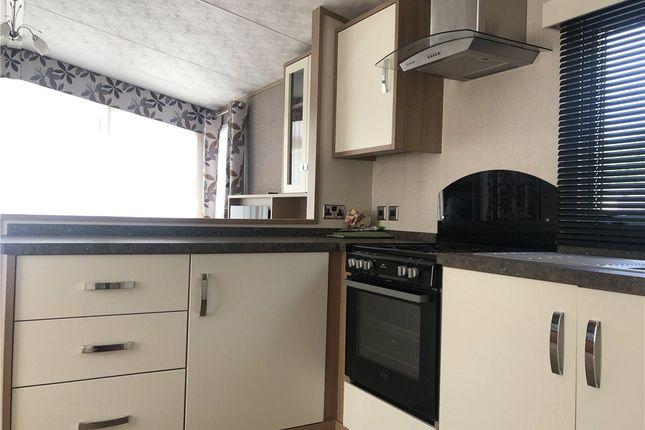 Picture No. 21 of Vinnetrow Road, Runcton, Chichester PO20