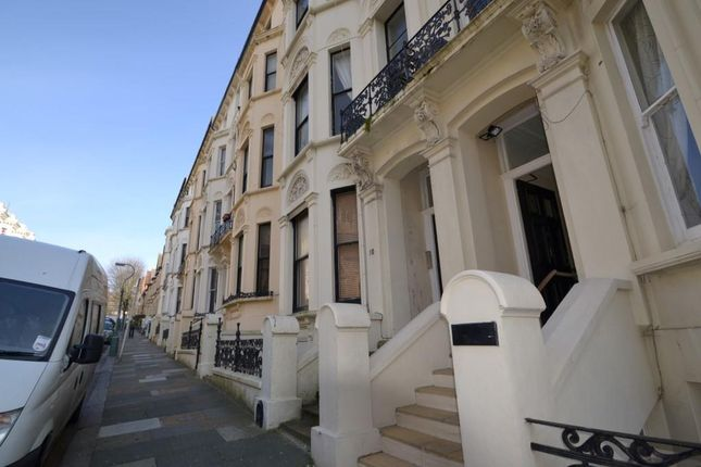 1 bed flat to rent in Cambridge Road, Hove BN3