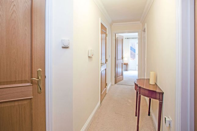 Thumbnail Property for sale in 59 Main Road, Romford