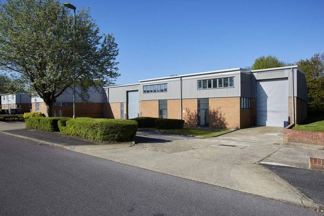 Thumbnail Light industrial to let in A3/A4 Davy Close, Basingstoke