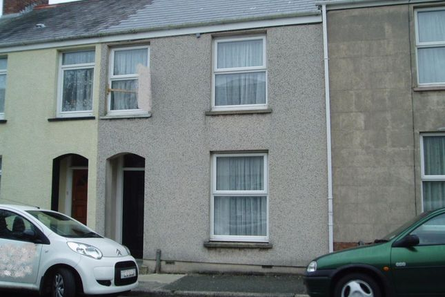 Thumbnail Property to rent in Wellington Street, Pembroke Dock