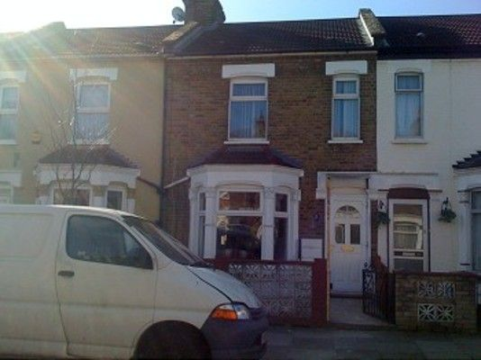 Thumbnail Terraced house to rent in Denny Road, London