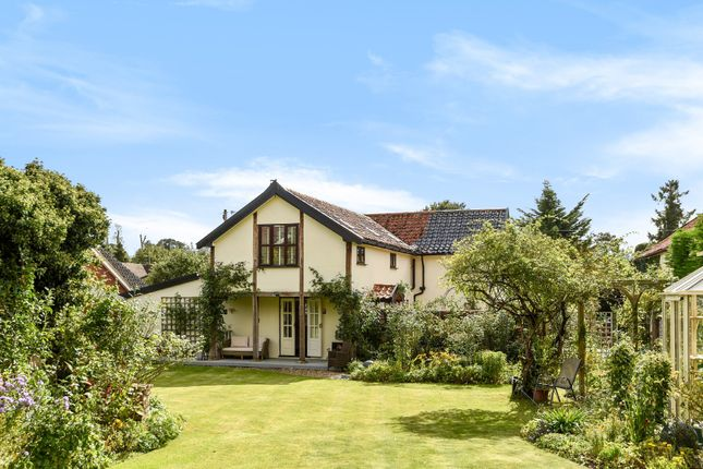 Thumbnail Cottage for sale in Star Lane, Long Stratton, Norwich