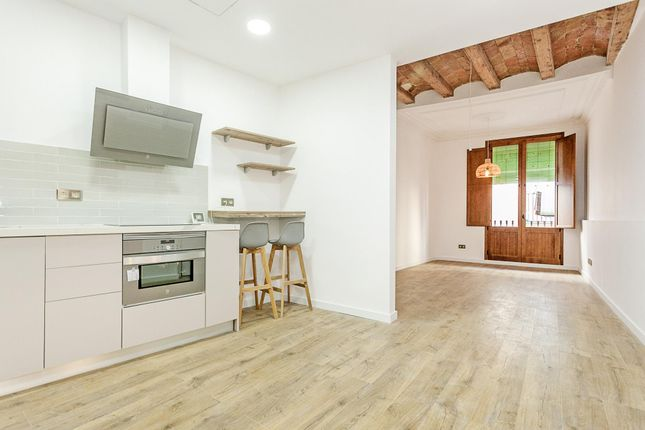 2 bed apartment for sale in Carders, Barcelona, Catalonia, 08003, Spain
