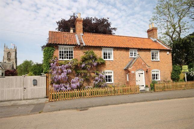 Thumbnail Cottage for sale in Church Street, Collingham, Newark, Nottinghamshire.