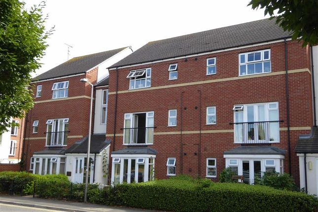 Thumbnail Flat for sale in Huxley Court, Stratford-Upon-Avon, Warwickshire