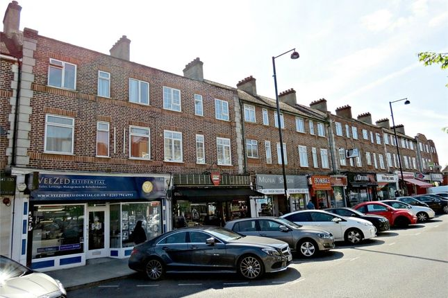 Thumbnail Flat for sale in Ferndown, Northwood, Middlesex