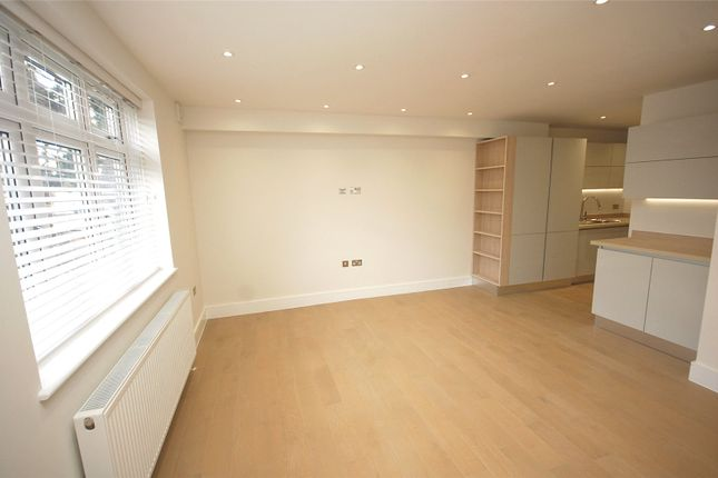 Thumbnail Flat for sale in The Drive, Finchley, London