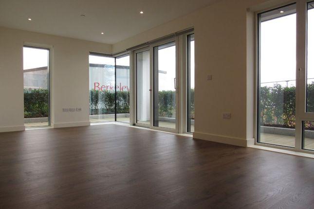 Thumbnail Flat to rent in Deveraux House, Duke Of Wellington Avenue, Royal Arsenal Riverside, Woolwich