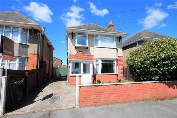 Thumbnail Detached house for sale in Cranbrook Road, Parkstone, Poole