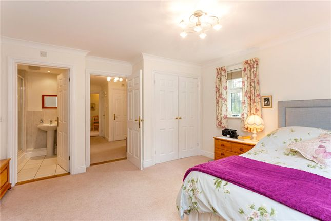 Picture No. 04 of Huxtable House, Springvale Close, Great Bookham, Surrey KT23