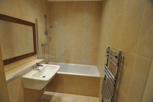 Bathroom of The John Green Building, 27 Bolton Road, Bradford BD1