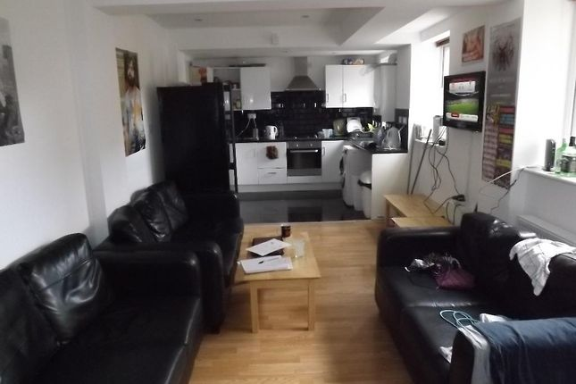 Thumbnail Terraced house to rent in Falmouth Road, Heaton