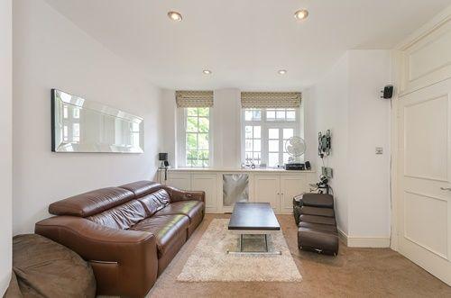 Studio to rent in Maida Vale, London