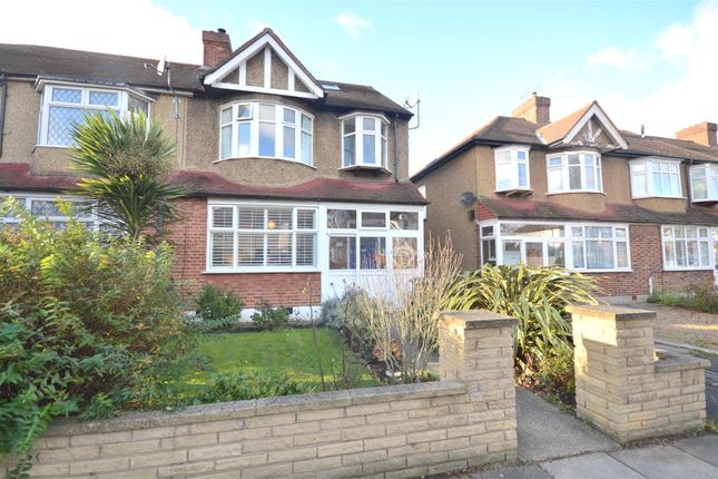 Thumbnail Property to rent in Monkleigh Road, Morden