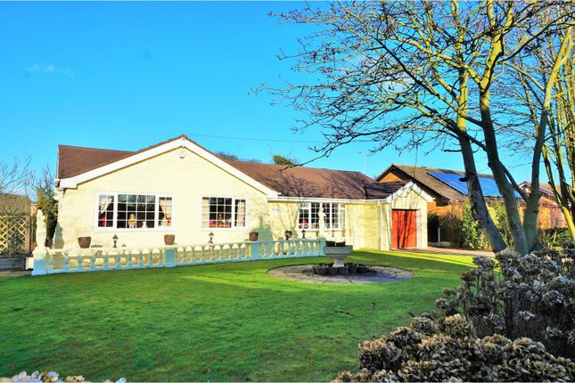 Thumbnail Detached bungalow for sale in Upperthorpe Road, Westwoodside, Doncaster
