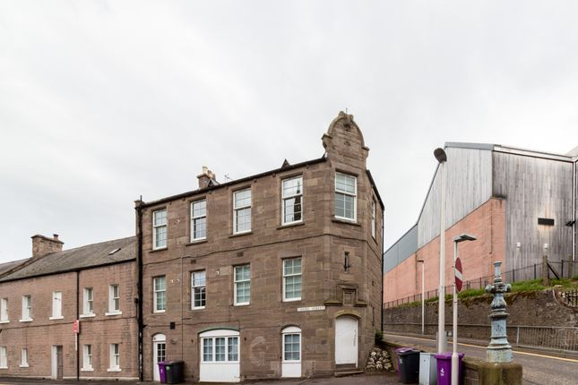 Thumbnail Flat to rent in Vennel, Forfar