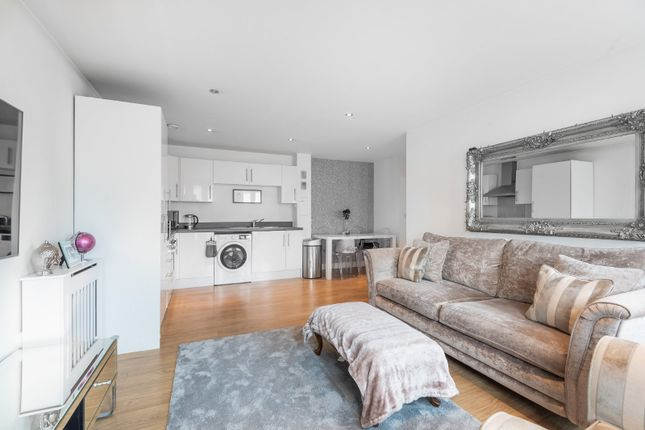 Flat for sale in Townview, 184-186 High Road, Loughton, Essex