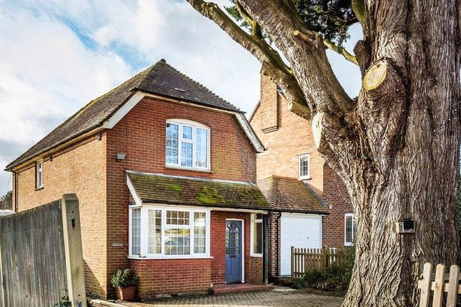 1 bed flat to rent in The Street, Charlwood, Horley RH6