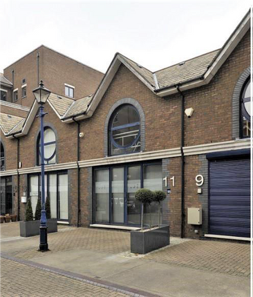 Office to let in 11 Calico Row, Plantation Wharf, Battersea, London