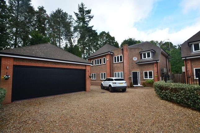 Thumbnail Detached house to rent in Bracken Grange, Hill Close, Northwood