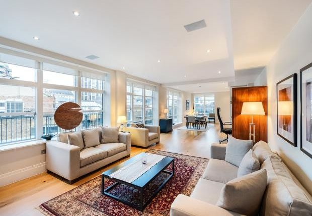 Thumbnail Flat to rent in Stukeley Street, Covent Garden
