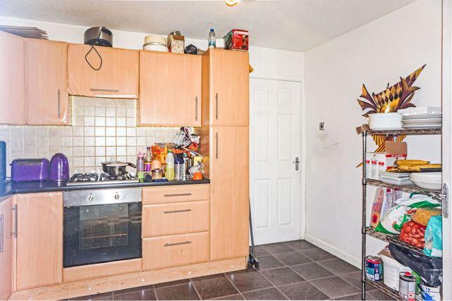 Kitchen of Windsor Walk, Darlaston, Wednesbury WS10