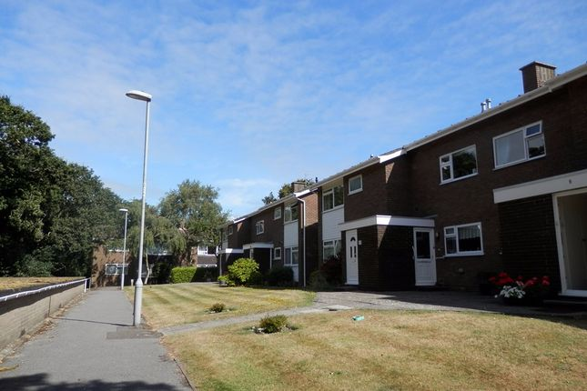 Thumbnail Flat to rent in Preston Way, Christchurch, Dorset