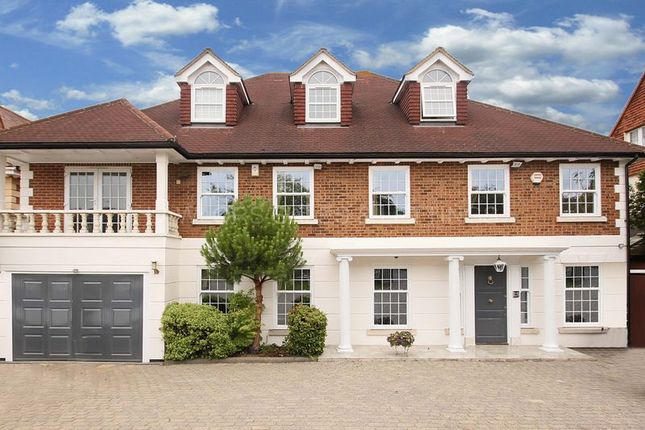 Thumbnail Detached house to rent in Hainault Road, Chigwell