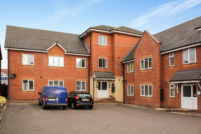 Newhall Street, Tipton DY4