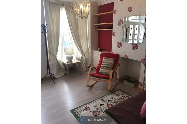 Thumbnail Terraced house to rent in St Leonards Road, Leicester