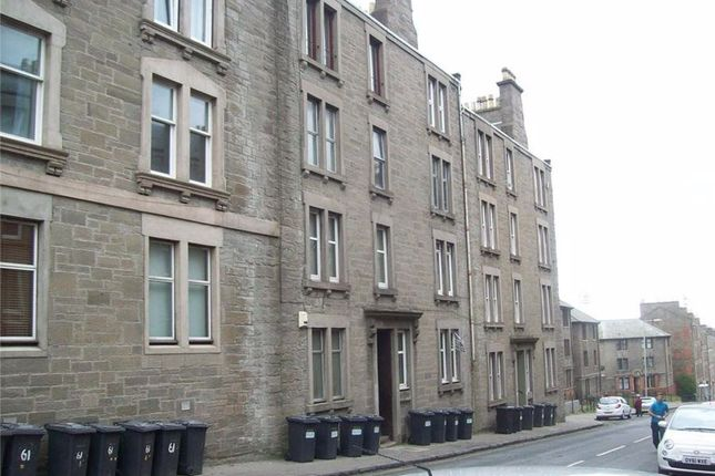 Thumbnail Flat to rent in Provost Road, Dundee