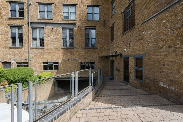 Photo 6 of The Chandlery, 40 Gowers Walk, London E1