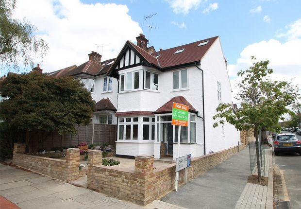 4 bed end terrace house for sale in Summerlee Avenue, East Finchley N2