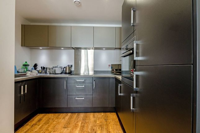 1 bed flat to rent in Poplar, Poplar