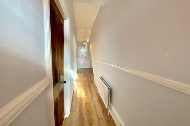 Hall One of Saltwell View, Saltwell, Gateshead, Tyne & Wear NE8