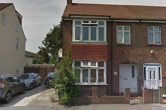 Thumbnail Shared accommodation to rent in High Street, Harlington
