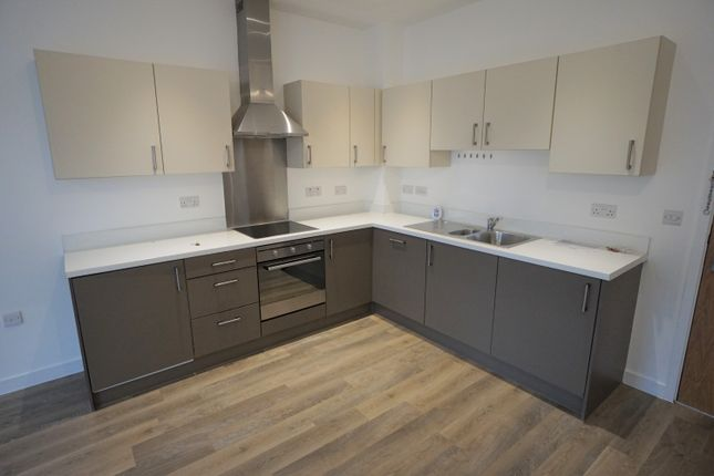 1 bed flat to rent in Strawberry Hill, Newbury RG14