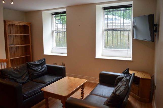 Thumbnail Flat to rent in North Terrace, Newcastle Upon Tyne