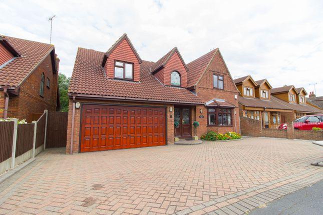 Thumbnail Detached house for sale in Fanton Walk, Wickford