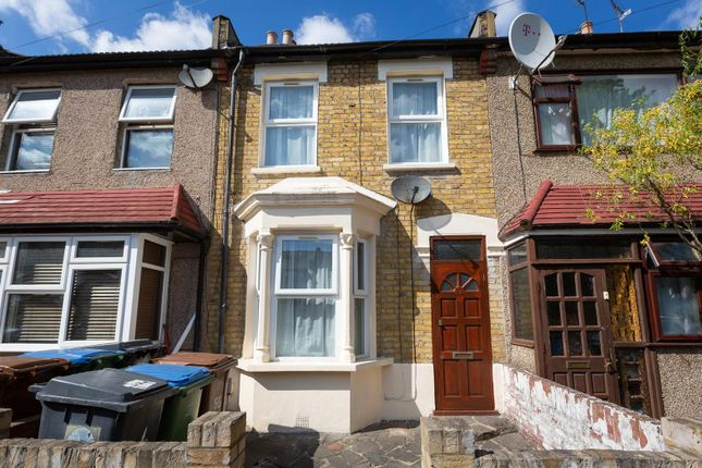 Thumbnail Terraced house for sale in Thorpe Road, London