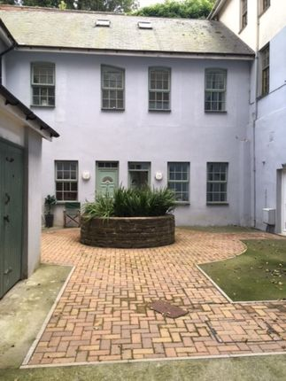 Thumbnail Maisonette to rent in 17 High Street, Haverfordwest