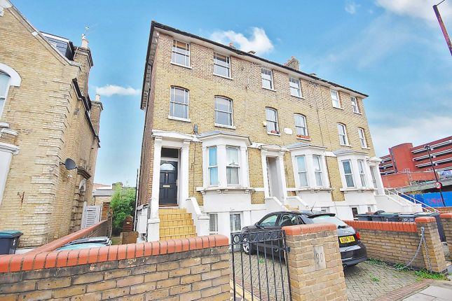 1 bed flat for sale in Mayes Road, London N22