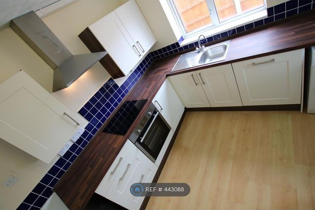 Thumbnail Semi-detached house to rent in Offa, Wrexham
