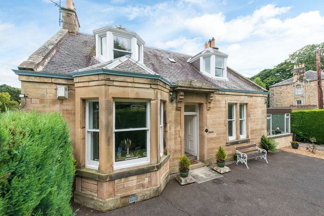 Thumbnail Detached house for sale in Broomieknowe, Midlothian
