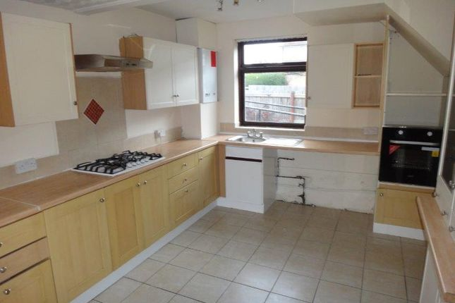 Thumbnail 4 bed semi-detached house to rent in Bateman Road, New Parks, Leicester