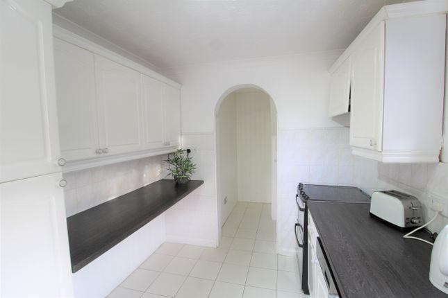 Kitchen of Lauder Gardens, Carnbroe ML5