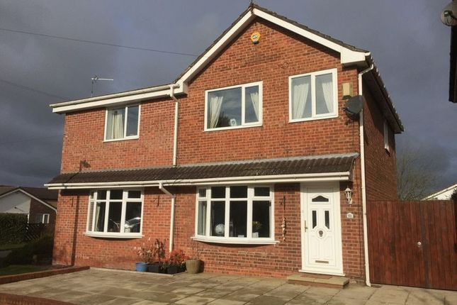 Thumbnail Detached house to rent in Selbourne Close, Westhoughton, Bolton