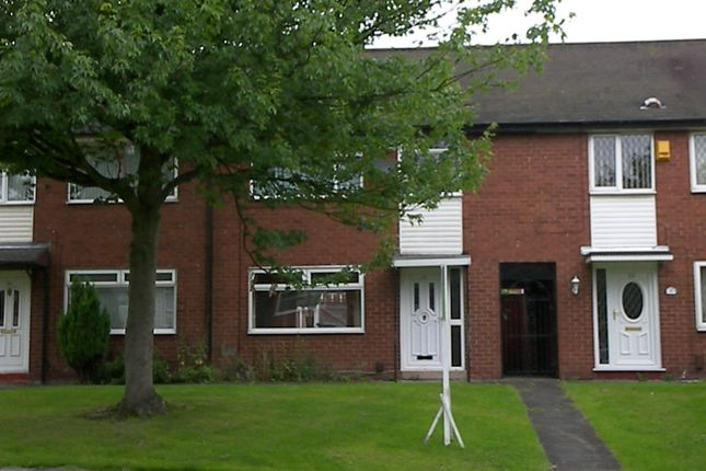 Thumbnail Town house to rent in Tern Avenue, Farnworth